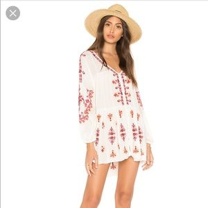 "NWT Free People ""Arianna Pattern Tunic"""